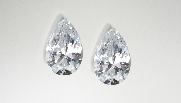 LPaires de diamants